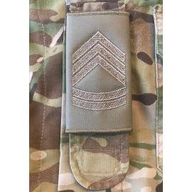 Gradstegn Oversergent, Khaki til Strop
