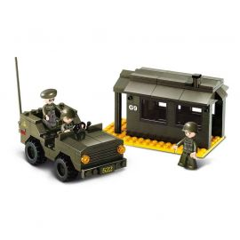 Sluban - HQ with jeep - M38-B6100